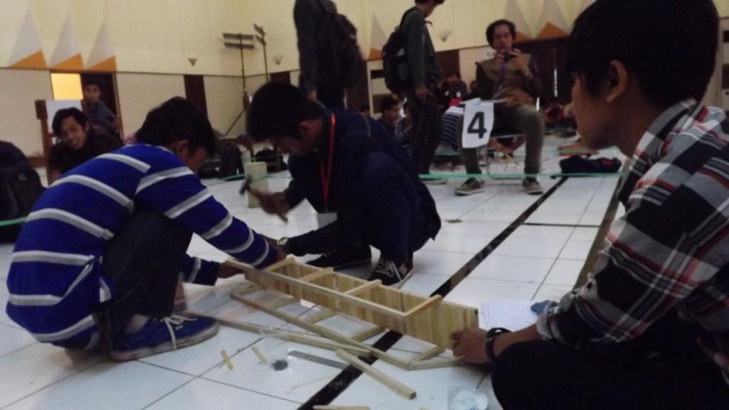 Explore-Creativity-Built-the-Masterpiece-karya-mahasiswa-baru-ITN-Malang-2015