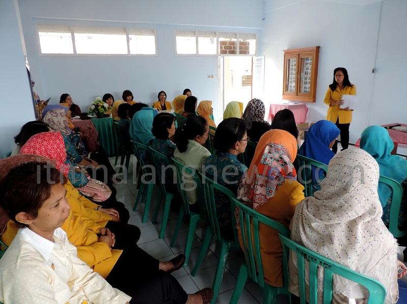 Rukun Ibu ITN Malang Cetuskan Ide Kegiatan Berbasis Survei