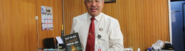 Rektor ITN Malang Teliti Relief dan Arca Candi Jawa Timur