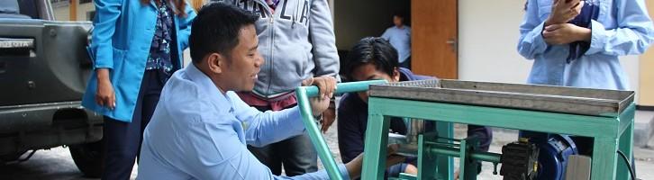 Portable, Kualitas Hasil Lebih Padat, Mesin Pembuatan Pakan Ikan Dosen ITN Malang Dapat Hak Paten