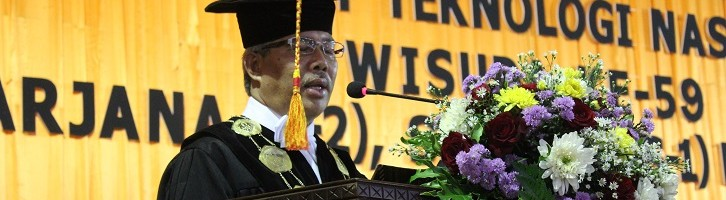 Rektor ITN Malang Ingatkan Para Wisudawan Tantangan Era Teknologi Informasi