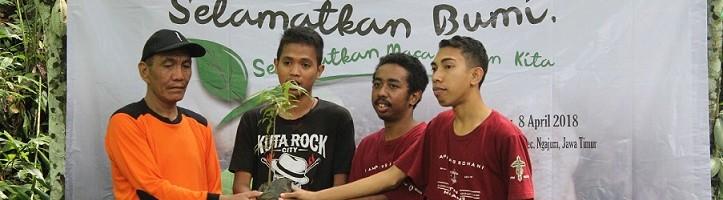 KMK-ITN-Malang-Tanam-Pohon-Di-Ngajum-Kabupaten-Malang