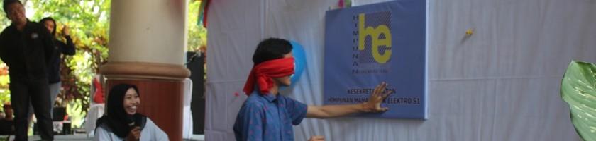 Dies-Natalis-Teknik-Elektro-ITN-Malang-Ke-38-Mahasiswa-Gelar-Game-Tusuk-Balon