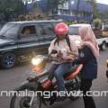 HMTI-D-3-ITN-Malang-Berbagi-Takjil-di-Karanglo