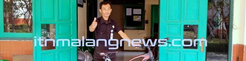 Laksanakan Amanat, Satpam-Kampus-II-ITN-MalangManfaatkan-Dua-Unit-Sepeda-Patroli-Keamanan-Kampus