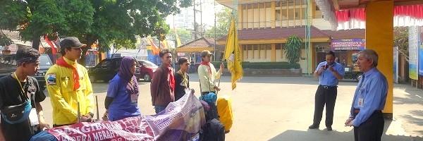 Rektor-ITN-Malang-Bangga-HIMAKPA-Rutin-Kibarkan-Bendera-di-Semeru