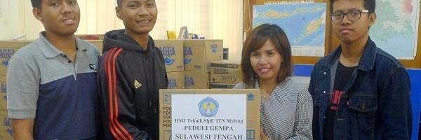 Peduli-Palu-Himpunan-Mahasiswa-Sipil-Galang-Dana-di-Jalan-Ijen-dan-Cyber-Mall-Malang