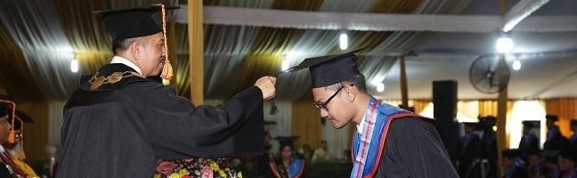 Rektor-ITN-Malang-Kukuhkan-303-Wisudawan-pada-Wisuda-ke-61