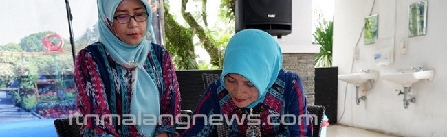 Rukun-Ibu-ITN-Malang-Sertijab-sambil-Rekreasi