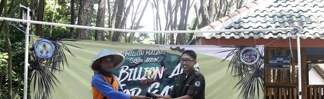 Mahasiswa ITN Malang Tanam Mangrove di Pantai Bajulmati