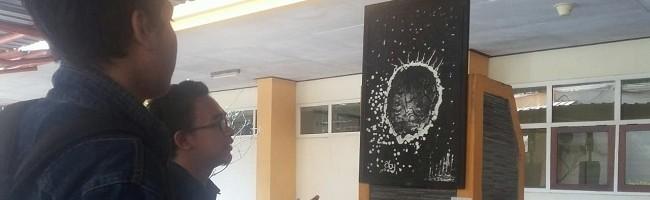 Pesan 'Monokrom' di Sepanjang Koridor Kampus I ITN Malang