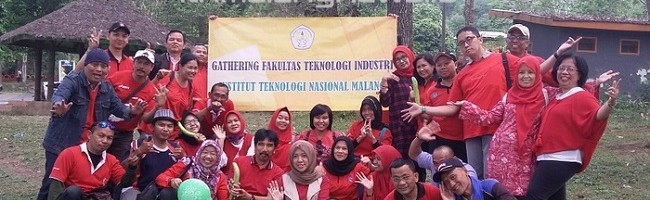 Dr. Ellysa Nursanti, ST,MT Ajak Seluruh Elemen Fakultas Teknik Industri Tetap Saling Terbuka