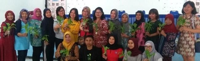 Sayuran Hidroponik di Mata Rukun Ibu ITN Malang