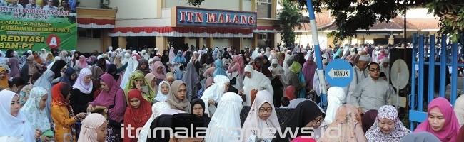 Suasana Salat Iduladha 1440 H di ITN Malang