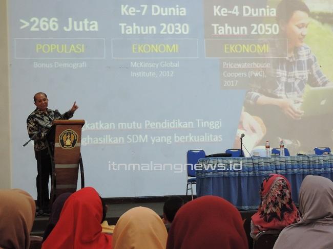 LLDIKTI Wilayah VII Jawa Timur Bimbing Aplikasi untuk Perguruan Tinggi Swasta di ITN Malang