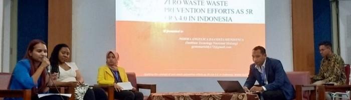 Norma Angelica da Costa Mendonca saat presentasi paper di gelaran The World Indonesianist Congress mahasiswa internasional di UNY