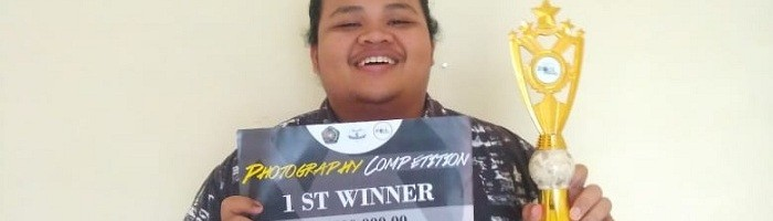 Manusia dan Alam Karya Ade Putra Agus Kurniawan Juara Lomba Fotografi (2)