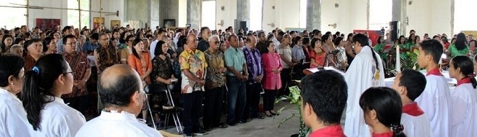 Misa Perdana Gereja St. Thomas Aquinas ITN Malang Dibanjiri Umat
