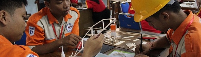 Ecive ITN Malang Gelar Lomba Konstruksi Jembatan