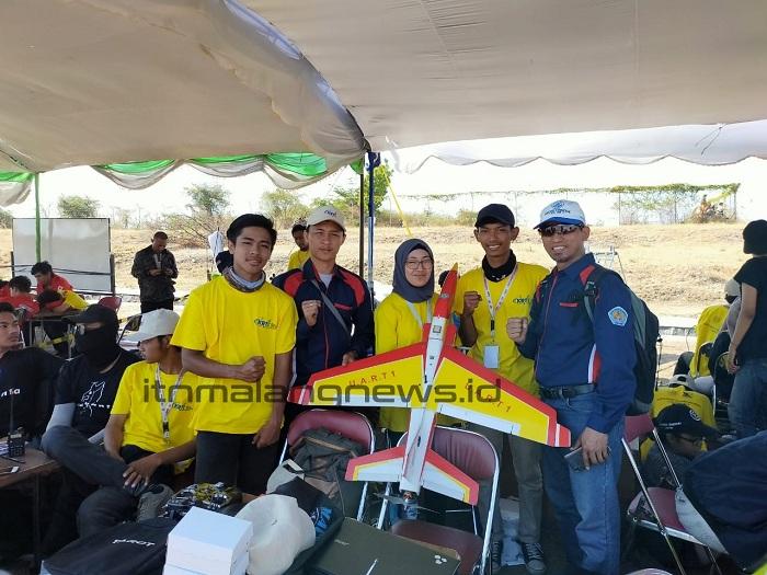 Siti Umami Purnamasari Kontes Robot Terbang perlu Dipersiapkan