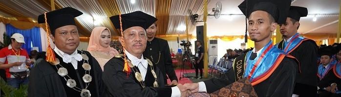 Azrul Haifan, Anak TKI yang Menjadi Wisudawan Terbaik ITN Malang