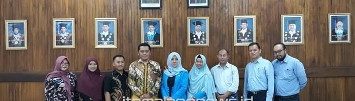 FTI Unisba Ajak FTI ITN Malang Saling Isi Jurnal