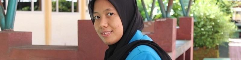 Eka Nur Wahyuni, lulusan terbaik Teknik Elektro S-1 ITN Malang pada wisuda ke 64-65 ITN Malang Tahun 2021