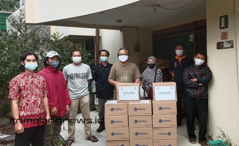 Himakpa ITN Malang, Gusdurian, dan para relawan lintas agama siap mendistribusikan paket isoman gelombang ke 4 dari posko Gusdurian Muda Malang