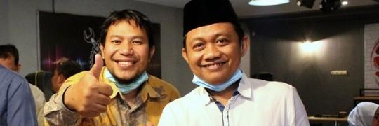 Katino-A.Md-Wakil-Ketua-DPRD-Kota-Kediri-Periode-2019-2024-kanan-bersama-Dr.-Aladin-Eko-Purkuncoro-ST.-MT-Kaprodi-Teknik-Mesin-D-3-ITN-Malang